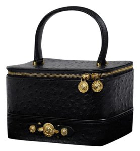 f0ddfbe7 Versace Cosmetic Bags - Up to 70% off at Tradesy