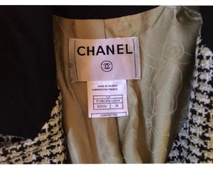 Chanel black, white, green Blazer