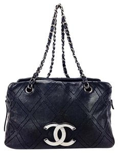 Chanel Calfskin Diamond Stitch Quilted Tote Leather Shoulder Bag
