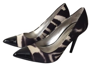 Anne Klein Black Multi / Tan Pumps