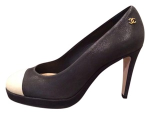 Chanel Heels Platform Cap Toe Black/Light Gold Pumps