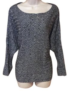 399e5e159c5f2 New York & Company Tops - Up to 70% off a Tradesy