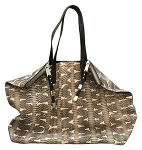 Michael Kors Collection Tote in grey