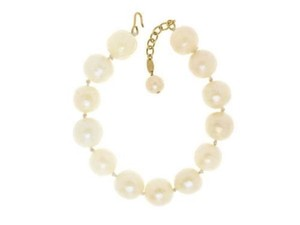 Chanel Chanel Oversized Faux Pearl Choker Necklace