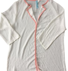 Francesca's Top white with pink piping