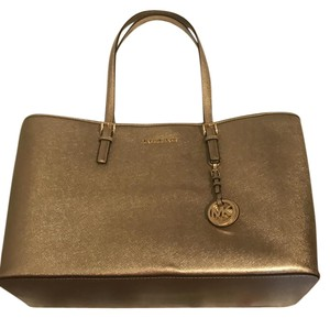 Michael Kors Labtop Jet Setter Tote in Gold