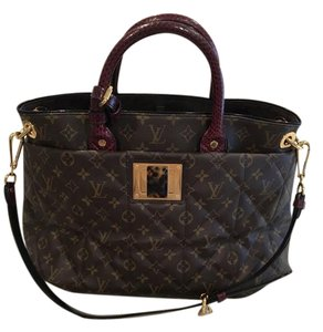 Louis Vuitton Tote in Canvas with burgundy