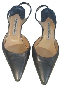 Manolo Blahnik Leather Silver gray Pumps