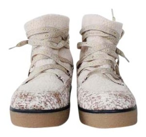 House of Harlow 1960 Faux Shearling Winter Snow cream Boots