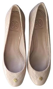 Tory Burch Kent Quilted Nude Pumps