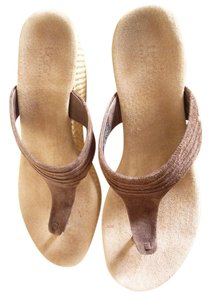 UGG Australia Espresso Brown Wedges