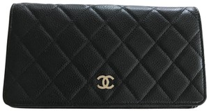 Chanel Chanel Yen Wallet Caviar Black