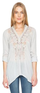 Johnny Was Longsleeve V-neck Embroidered Rayon Tabbed Sleeves Tunic