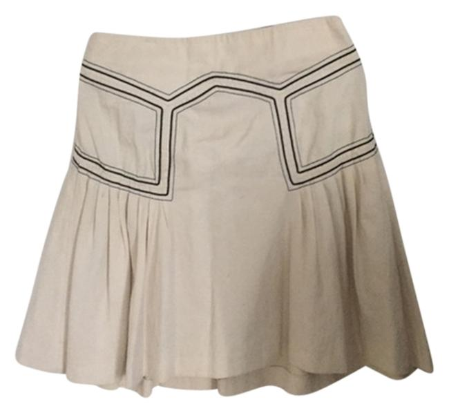 Preload https://img-static.tradesy.com/item/2096675/french-connection-off-whitecreme-with-black-details-geometric-pleated-skirt-size-6-s-28-0-0-650-650.jpg