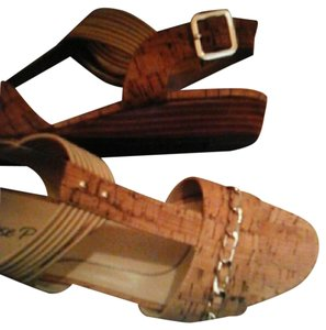 3f7aaf73340 Munro American Mary Jane Wedges Size US 7 Wide (C