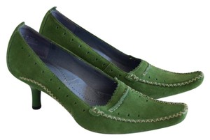 Clarks Green Pumps