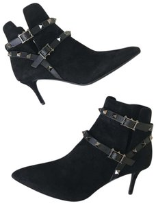 Valentino Rockstud Classic Suede Ankle Black Boots