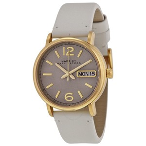 Marc Jacobs Marc Jacobs Women's Fergus Grey Leather Watch MBM8654