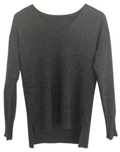 Halogen Soft V-neck Chic Casual Sweater