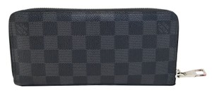 Louis Vuitton Louis Vuitton Damier Graphite Zippy Wallet