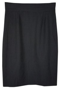 Brooks Brothers Professional Size 2 Skirt Black with thin white pinstripes