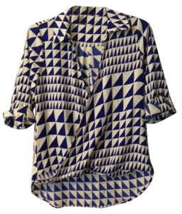 Ezra Geo Print Top white and cobalt blue
