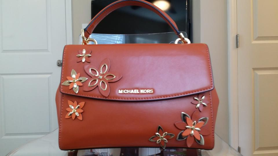 Michael kors new without tag women s ava flowers applique handbag