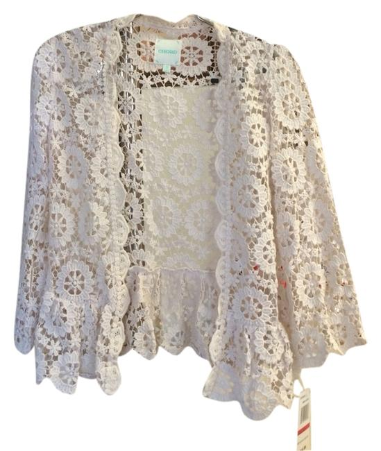 Preload https://item2.tradesy.com/images/cream-blouse-size-2-xs-2097071-0-0.jpg?width=400&height=650