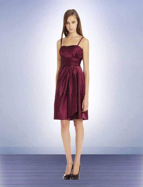 Item - Plum Satin 597 Special Occasion - - (Lev2) Modern Bridesmaid/Mob Dress Size 10 (M)