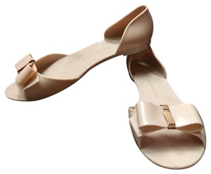 Saks Fifth Avenue Nude/Cream-ish Flats