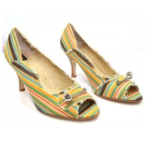 Ginger Goff Yellow Brown Green Pumps
