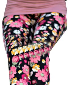 Other Buttery Soft Shay And Jazzy Daisy Black & Pink Daisies Floral Leggings