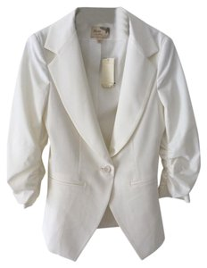 Elizabeth and James New With Tags Off White Blazer