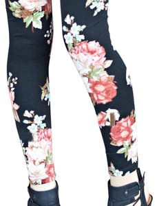 Other Soft Shay And Jazzy Black & Dustry Rose Floral Leggings