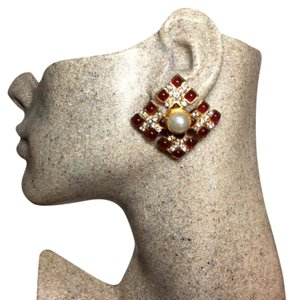 Chanel Authentic 1970s Vintage Red and Pearl Gripoix Crystal Clip Earrings