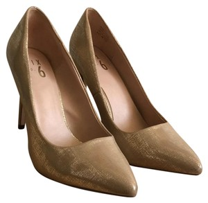 Mix No. 6 Heels Date Night Comfy Golden Bronze Pumps