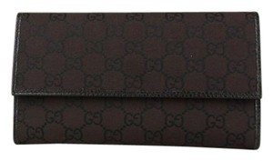 Gucci Women's Brown GG Canvas Wallet with Coin Pocket 257303 2092