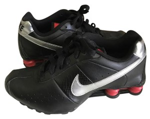 Nike Leather Upper Rubber Sole Red Black Athletic