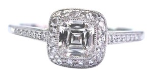 Tiffany & Co. Tiffany & Co Platinum Legacy Diamond Engagement Ring .85Ct I-IF COMPLE