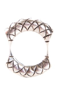 Bottega Veneta Veneta Sterling Silver Band Ring Ft Engraved Motif