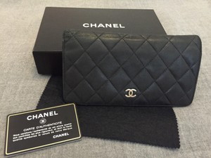 Chanel Auth France Classic Vintage Black Quilted Lambskin Leather Long Wallet