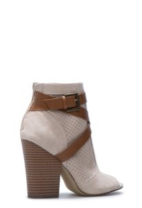 ShoeDazzle Open Toe Chunky Heel Chic Taupe Boots