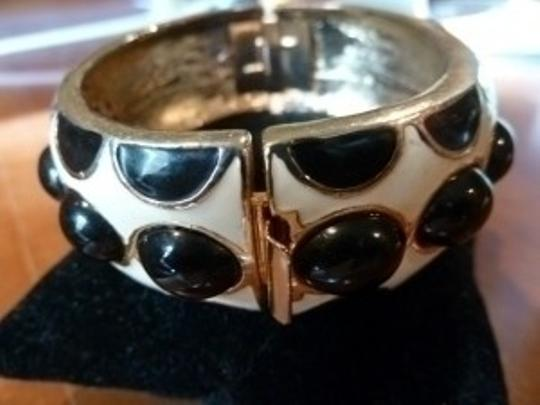 Tory Burch hinged bangle
