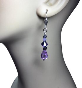 Swarovski Elements New purple , lilac crystal drop earrings