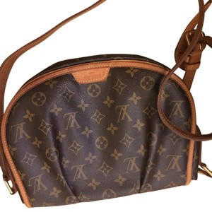 Louis Vuitton Small Like New Cross Body Bag