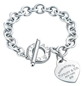 Tiffany & Co. Please Return To Tiffany Toggle Bracelet With Heart Charm 7.5
