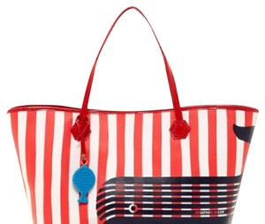 Jonathan Adler Tote in Tomato red whale
