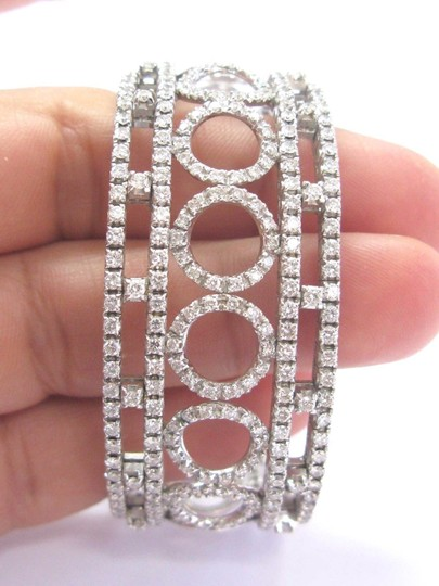 Other 18Kt Round Brilliant Diamond Circular WIDE White Gold Cuff Bracelet 3. Image 2