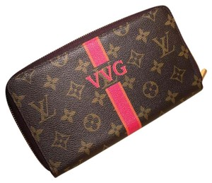 Louis Vuitton Like New Zippy Organizer Monogram