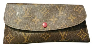 Louis Vuitton Louis Vuitton Womens Wallet in Rouge